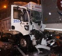 NESAR Ekipleri FSM'de zincirleme trafik kazasına müdahale etti